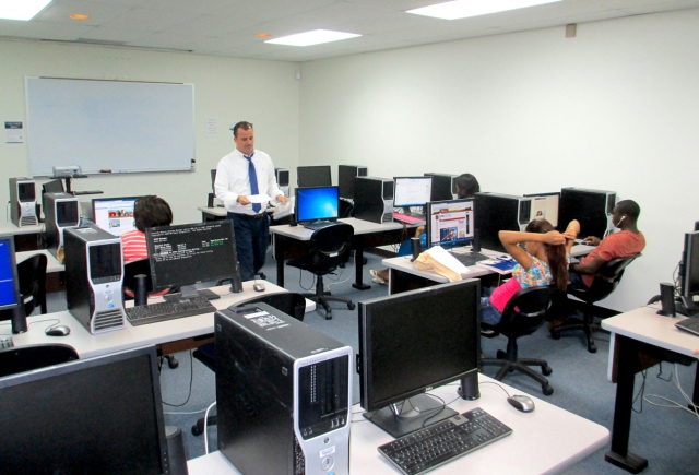LU journalism students receive classroom and lab instruction, as well as valuable internships and real-world experience.
